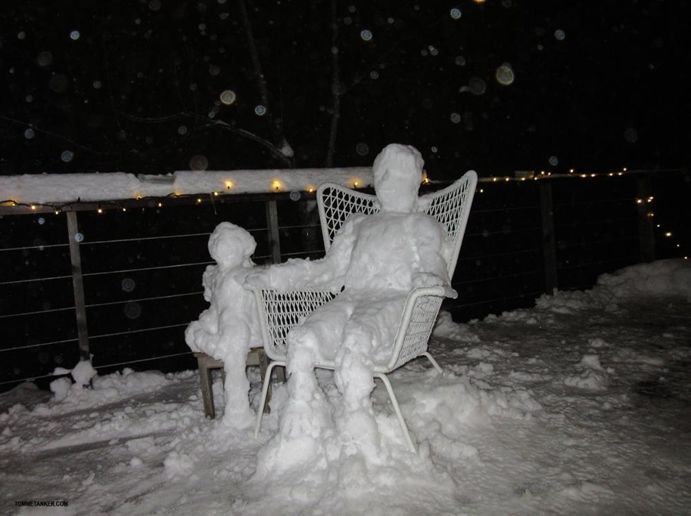 snømann_m_barn_tommetanker