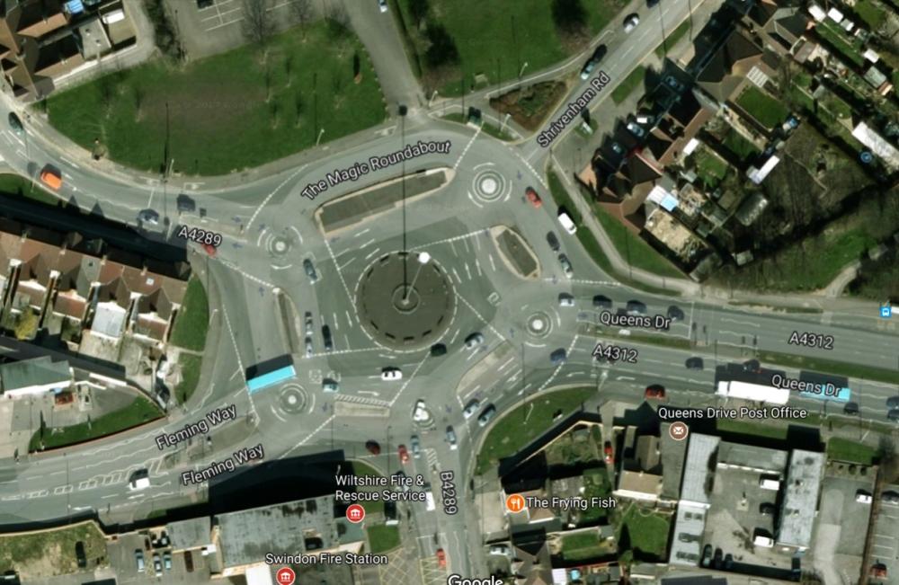 swindon roundabout_tommetanker