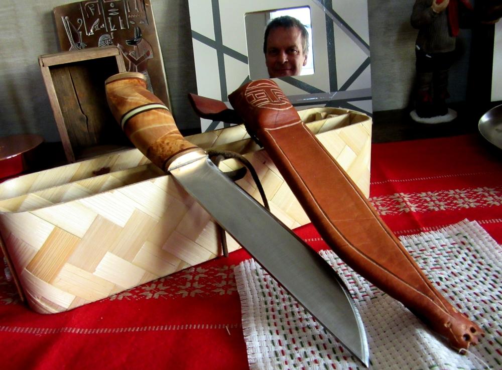 kniven, duken, speilet