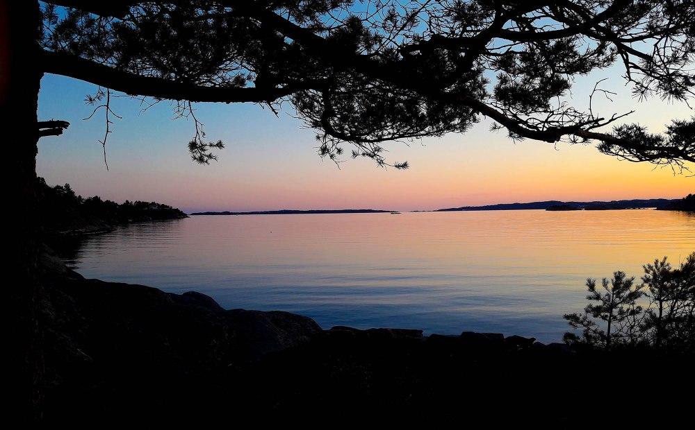 korsvikfjorden_april_tommetanker
